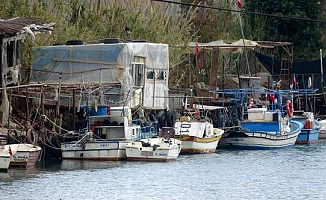 Anamur'da 2 Tekne Çalındı