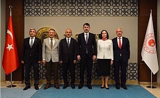 Başkan Gültak, Mersin'in İmar Sorunu Çözlüyor