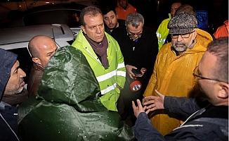 Başkan Seçer, Selden Etkilenen Tırmıl Sanayi Sitesi'ni Gezdi