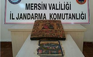 Mersin'de Bir Cafe'de Tarihi Değere Sahip Tablo Ele Geçirildi