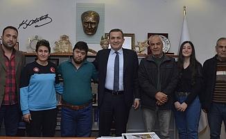 Yenişehir Belediyesi Özel Sporcuların Daima Yanında