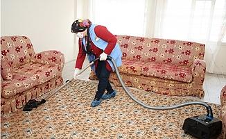 Akdeniz'de Evde Bakım ve Temizlik Hizmeti Sürüyor