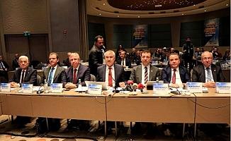 CHP'li 11 Büyükşehir Belediyesi Adana'da Buluştu