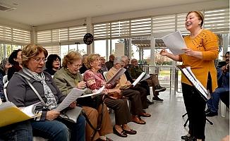 Emeklievinde Türk Sanat Müziği Nağmeleri Yükseliyor