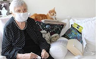 106 Yaşındaki Sümerolog Muazzez İlmiye Çığ, Anneler Gününde Unutulmadı.