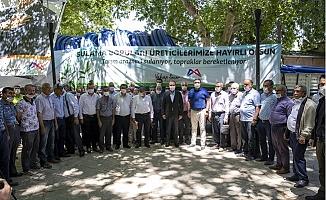 Büyükşehir'den Mut'taki Çifçilere 16 Kilometre Sulama Borusu