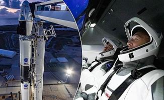 Özel Bir Şirketin İlk İnsanlı Uzay Uçuşu Gerçekleşti