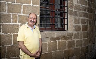 Seçer, Şehir Tiyatrolarını Murat Atak'a Emanet Etti.