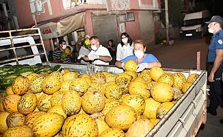 Tarsus'da Çiftçilerden Alınan 300 Ton Ürün Halka Dağıtıldı.