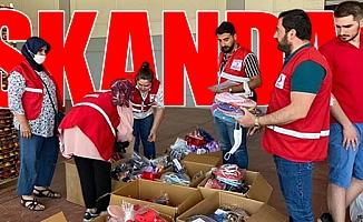 AKP, Kızılay Çatısı Altında Yardım Paketi Dağıttı