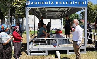Başkan Gültak, Kurban Kesim Yerlerinde Vatandaşlar İle Bayramlaştı.