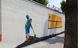 Mersin'in Gri Duvarlarına Sanatsal Dokunuşlar