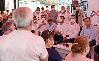 Tarsus'un Fahrettin Paşa Mahallesinde Seçer Övgü, Bozdoğan'a Eleştiri