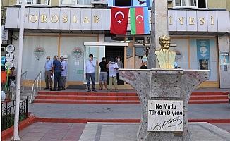 Toroslar'dan Azerbeycan'a Bayraklı Destek Mesajı