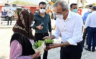 Ata Mirası Tohumlar Tarsus'da Köylülere Dağıtılıyor
