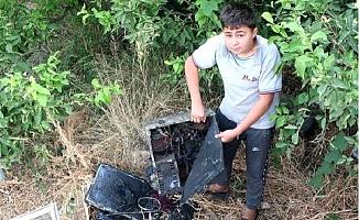 Evlerinde Çıkan Yangında Bilgisayarı Yanan Mustafa: Okumak İstiyorum