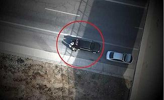 Otoyolda Uyuşturucu Nakli Dronla Görüntülendi