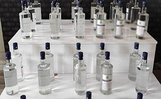 Silifke'de Sahte Alkol Üretirken Yakalandı