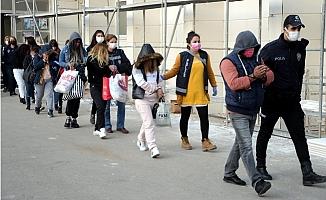 Mersin'de Fuhuş Çetesine 'Çanta' Operasyonu: Kadınlara Nikah Kıymışlar