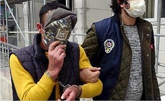 21 Yıl Hapis Cezasıyla Aranıyordu, Simit Satarken Yakalandı
