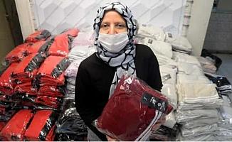 Engelli Kadın Girişimci, Eşofman İhraç Ediyor