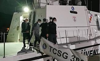 Mersin Açıklarında Bot İçerisinde 15 Düzensiz Göçmen Yakalandı