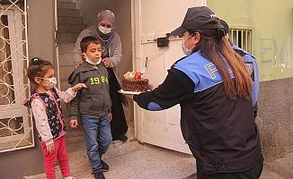 Cezaevindeki Babası Mektup Yazdı, Polisler Doğum Günü Sürprizi Yaptı