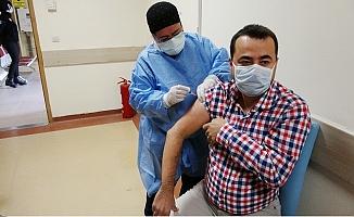 Erdemli'de Aşılanan 600 Sağlık Çalışanı Arasında Aşının Yan Etkisi Görülmedi