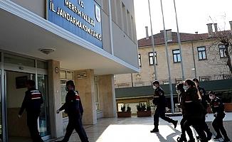 Mersin'de Sosyal Medya'dan Tanıştığı Erkekleri Soyan Şebeke Yakalandı.