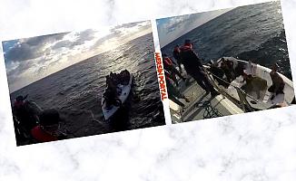 Mersin'de Su Alan Teknedeki 16 Göçmen Kurtarıldı