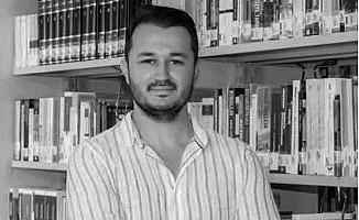 Mersin'de Öldürülen Öğretim Görevlisi Toprağa Verildi