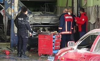 Tamirhanedeki LPG'li Otomobilde Patlama: 4 Yaralı