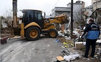 Yenişehir'de Bu Evden Tam 5 Ton Çöp Çıktı