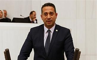 """""""Siyasi Baskının Altında Kadrolaşma Hevesi Var"""""""