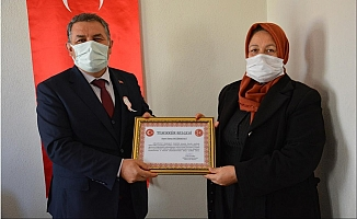 Gülnarlı Kadınların Mehmetçiğe Desteğine Teşekkür Belgesi