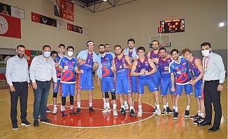 Büyükşehir Basketbol Adını Yarı Finale Yazdırdı.