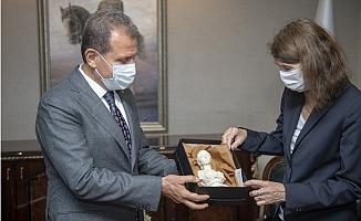 Hollanda'nın Türkiye Büyükelçisinden Seçer'e Ziyaret