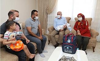 Akdeniz Belediyesi Hoş Geldin Bebek Projesi İle 4 Bin Aileye Ulaştı.