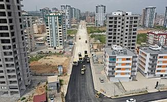 Büyükşehir, Tarsus'un Yeni Yerleşim Yerlerinde Asfalt Çalışmalarını Hızlandırdı.