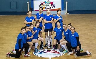 Büyükşehir, Veleybol, Basketbol ve Hentbol Branşlarında Şampiyonluk Yaşadı.