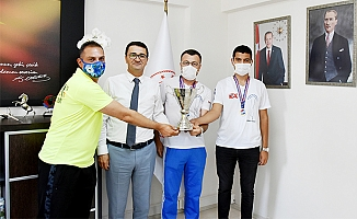 Mersin Dalış Merkezi Spor Kulübü Mersin'i Gururlandırdı