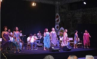 """""""Aşk Olsun"""" İsimli Müzikli Gösterisi, Tarsus'ta da Sahnelendi."""