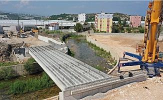 Büyükşehir, Erdemli 'ye Lamos Köprüsünü Kazandırıyor