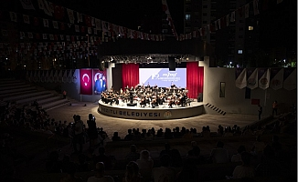 19'uncu Mersin Uluslararası Müzik Festivali, Gala Konseriyle Başladı.