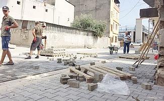 Akdeniz Belediyesi Fen İşleri Her Mahalleye Eşit Hizmet Götürüyor