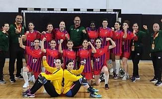 Büyükşehir Kadın Hentbol Takımı, Namağlup Şampiyon 1. Lig'de