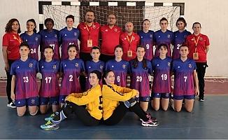 GSK Kadın Hentbol Takımı, Mardin Kızıltepe'yi 34-27 Yendi.