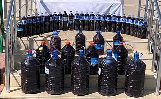 Jandarma Kaçak Üretilen (200) litre Alkollü İçkiye El Koydu.