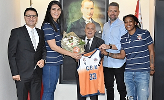 Mersin Gençlik ve Spor İl Müdürü Ökkeş Demir'den, İl Emniyet Müdürü Mehmet Aslan'ı Ziyaret
