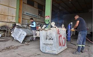 Tarsus Belediyesi Eskiyen Çöp Konteynırlarını Onarım Yeniden Kazandırıyor